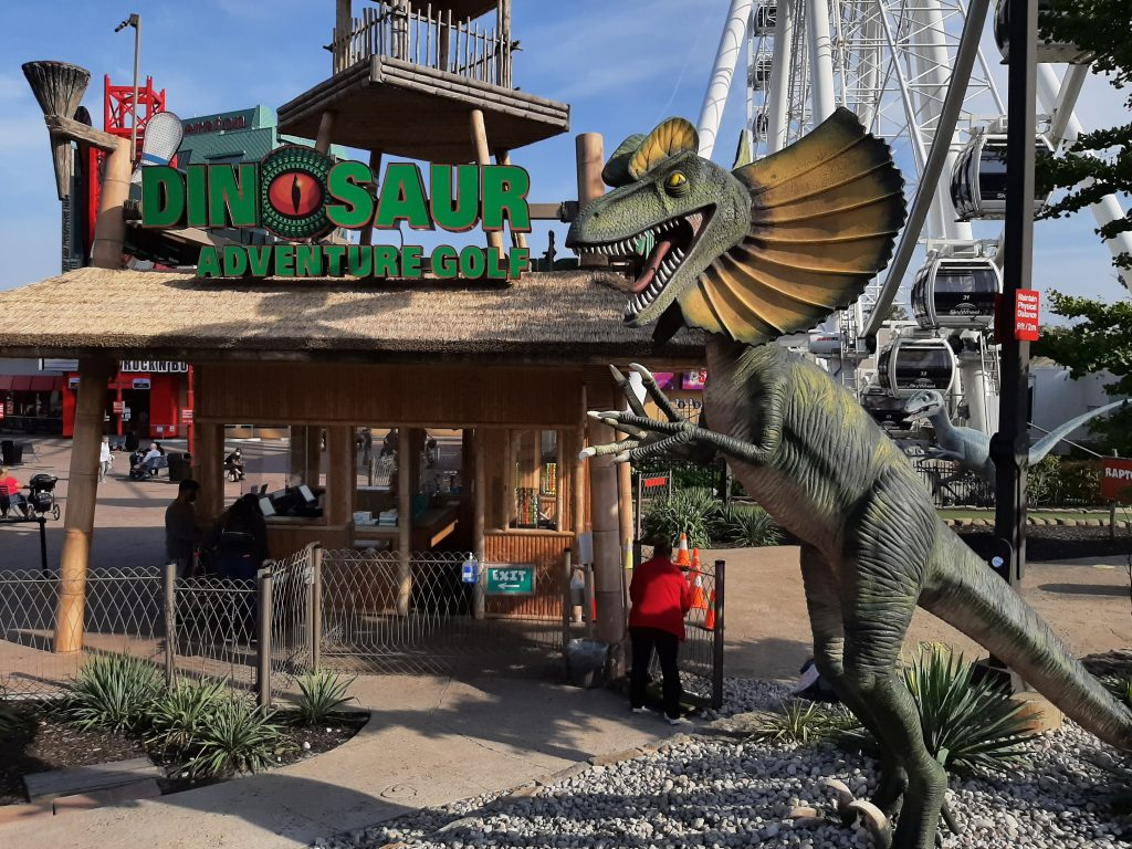 dinosaur mini golf niagara falls